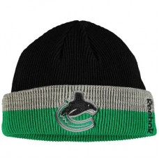 Vancouver Canucks - Center Ice Travel & Training Captains Cuffed NHL Knit Zimná čiapka